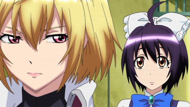 Ange não parece feliz com Momoka