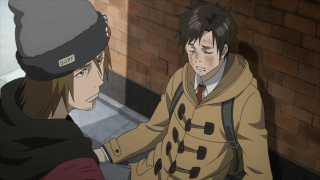Shinichi apanha tentando salvar o colega