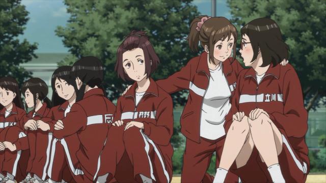 As garotas estão comentando sobre o Shimada