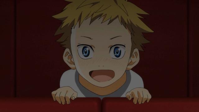 Aiza quando criança assistindo uma apresentação de Kousei