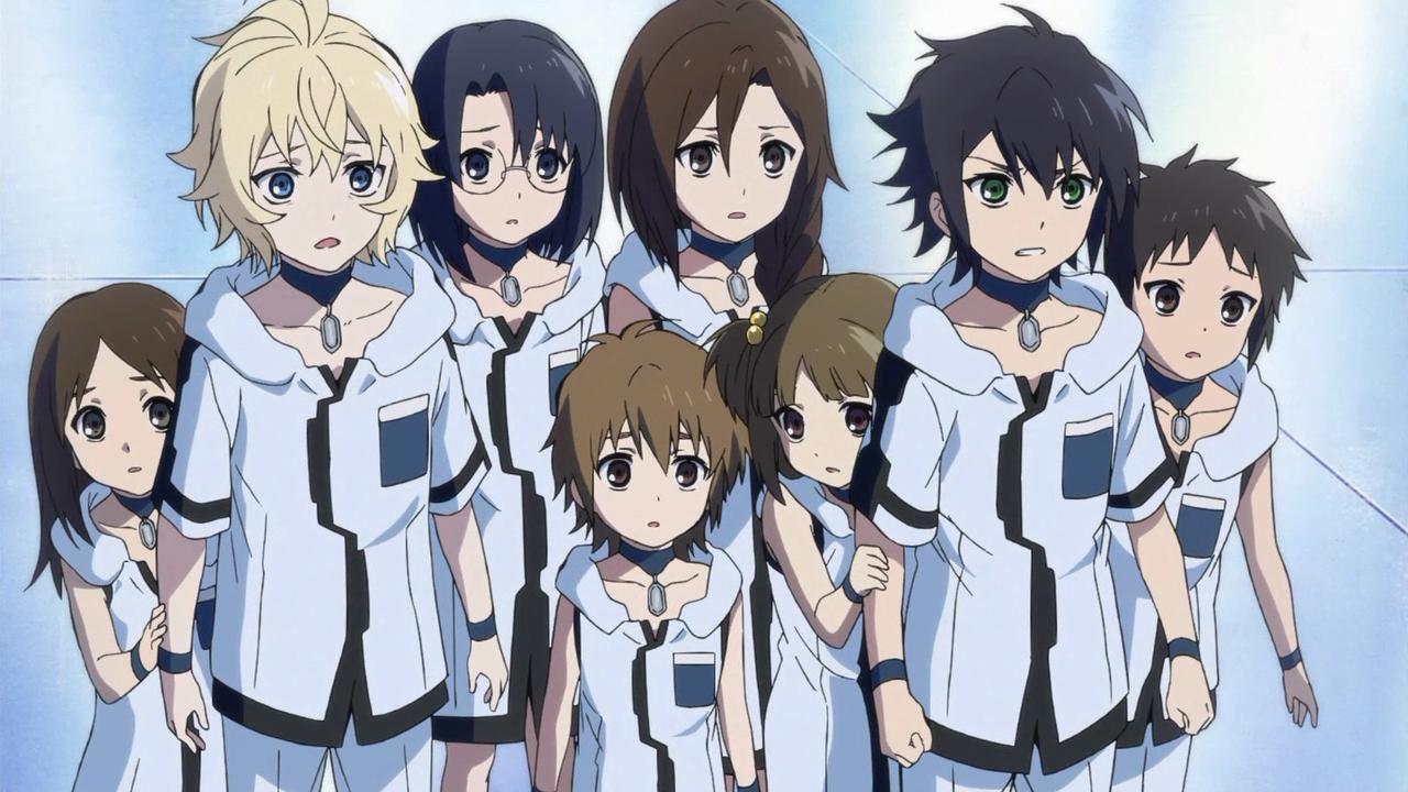 A família Hyakuya. O loiro é o Mikaela, e o de olhos verdes é o Yuichiro, o protagonista
