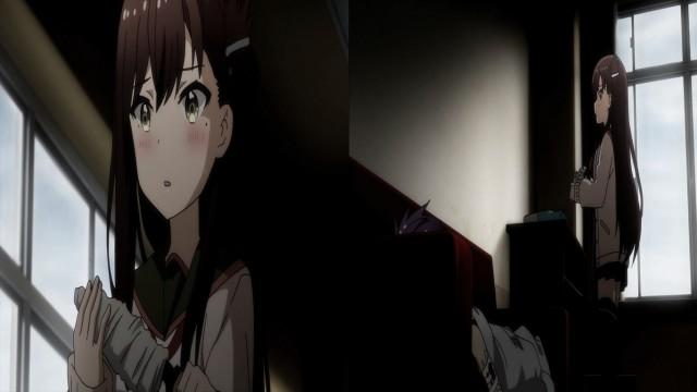 Esse objeto tem um formato parecido com a faca que aparece em cima da cadeira na ending. Mas pra quê a Yuuri ia querer usar uma fac... Ah não! Não! Não! Não! Não!!!