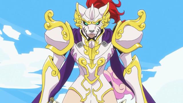 Koma devidamente trajada como a Guerreira da Máscara de Ferro