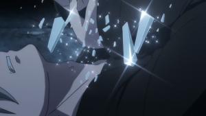 No início do episódio, Kobayashi pula de um prédio, mas falha em morrer. Em seguida, ele tenta perfurar seu pescoço com um pedaço de vidro, mas...