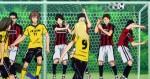E Kazama chutou com o pé esquerdo depois da injúria que sofreu.