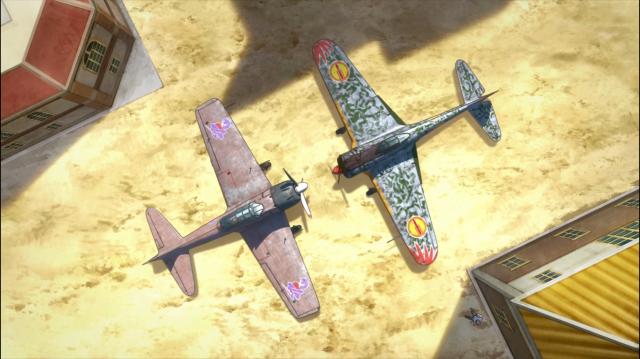 Os aviões de Naomi e Kirie encontram-se em solo. Parecidas, mas diferentes