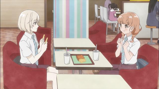 Sugawara e Momoko conversando sobre Onodera e livros e sentimentos