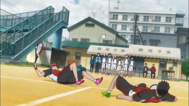 Oji e sua dupla trombam na quadra, graças à estratégia de Maki