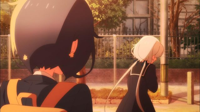 Junko pergunta à Ai se ela era mais feliz no Iron Frill, mas Ai não responde a pergunta absurda